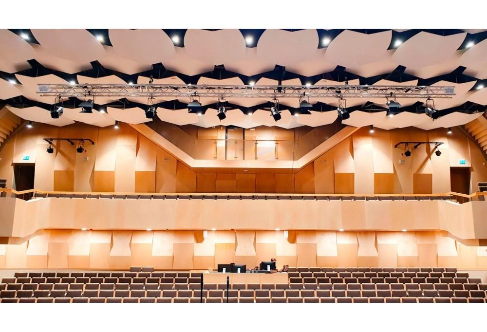 Prolights v novom kultúrnom stredisku v meste Stopini v Lotýšsku